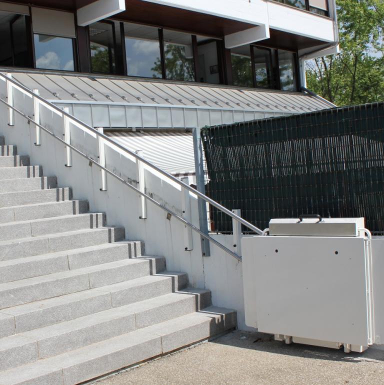Plateforme escalier droit GTL2