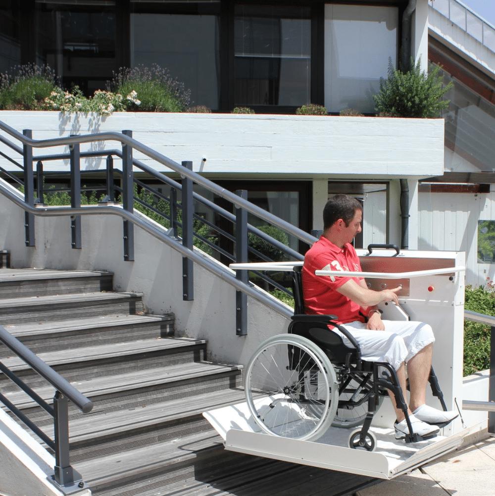 Plateforme escalier courbe GTL30