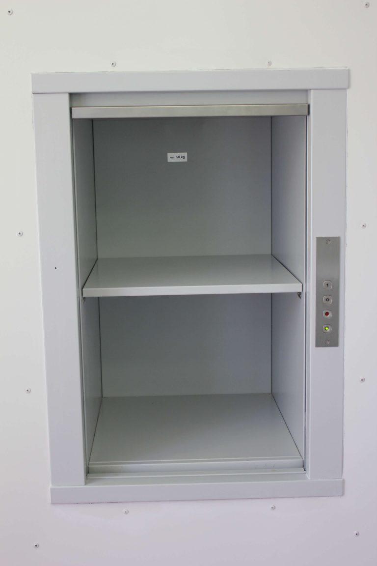 Monte-documents MH 50kgs dans une médiathèque (1)