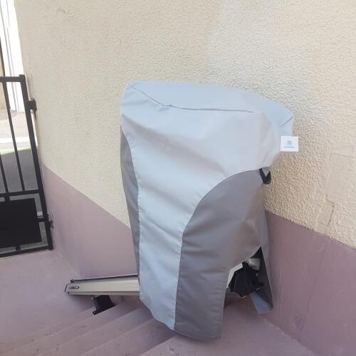 housse protection siège monte escalier droit extérieur Homeglide (1)