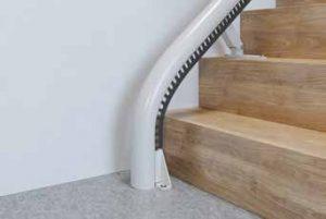 Monte escalier tournant pour départ vertical