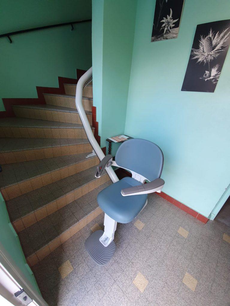 Siège monte escalier courbe